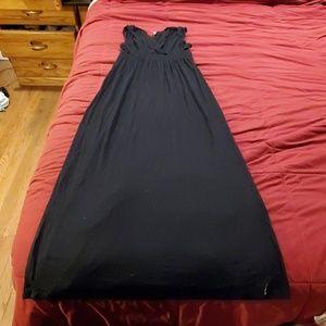 Black maxi v-neck dress